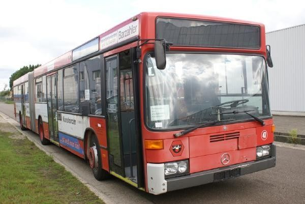 городской автобус MERCEDES-BENZ O 405 GN