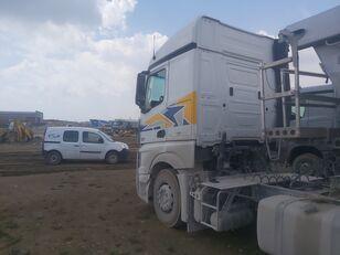 грузовик шасси MERCEDES-BENZ DAIMLER