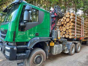 лесовоз IVECO TRAKKER