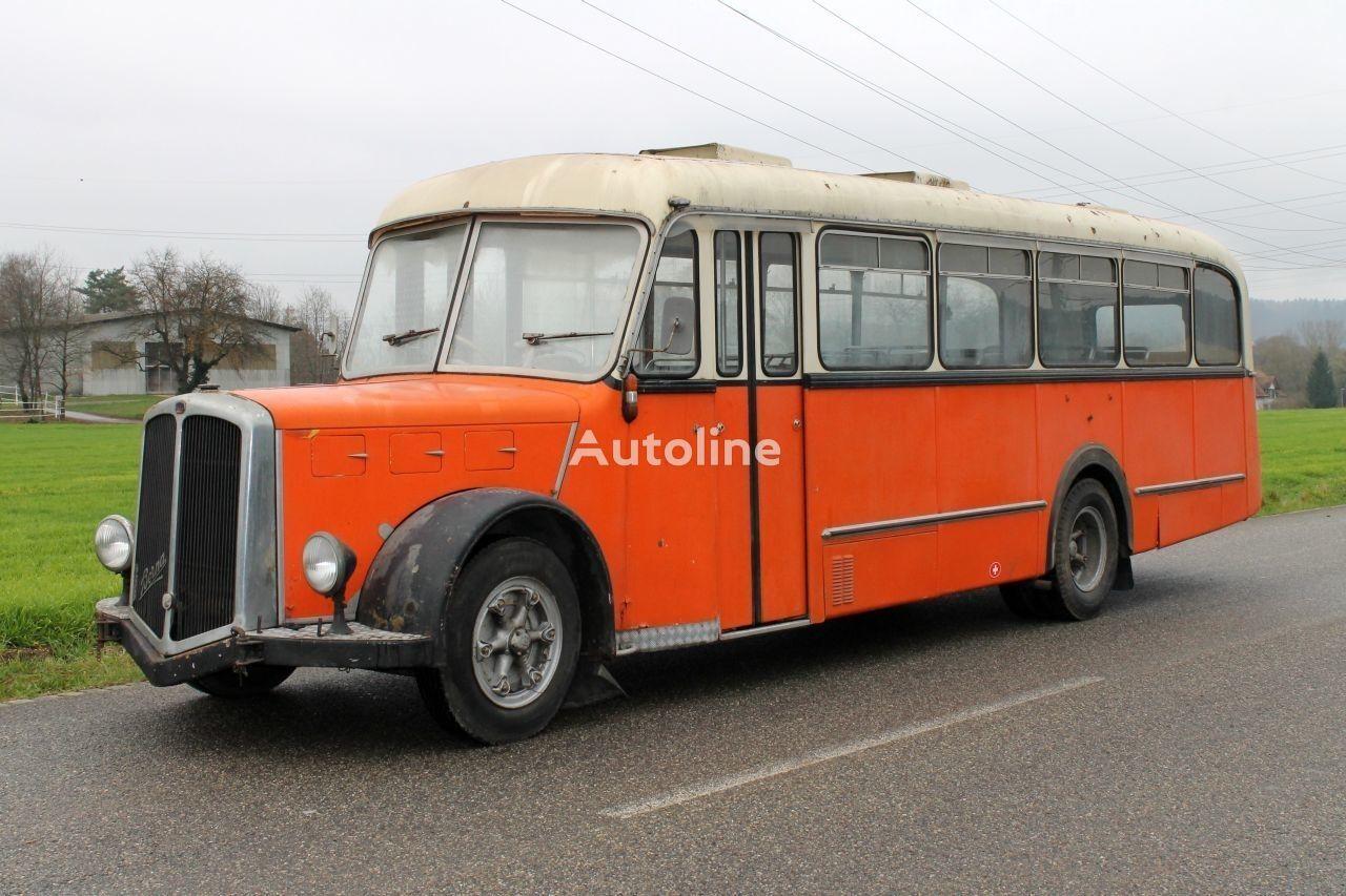 междугородний-пригородный автобус BERNA Saurer