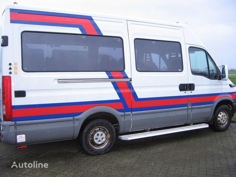 пассажирский микроавтобус IVECO 35S17  nr. 263