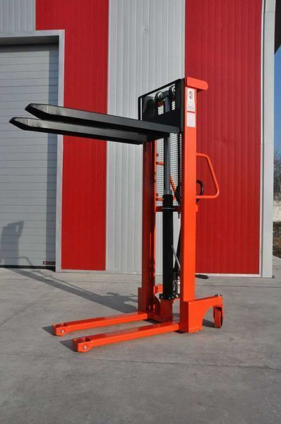новый штабелер Leistunglift SFH1516