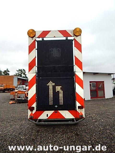 бортовой прицеп SCHMITZ Schiffner &amp Verkehrsleittafel LED