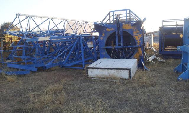 башенный кран POTAIN 775 A opcion base y jaula de telescopaje