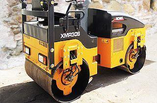 новый дорожный каток XCMG XMR30S