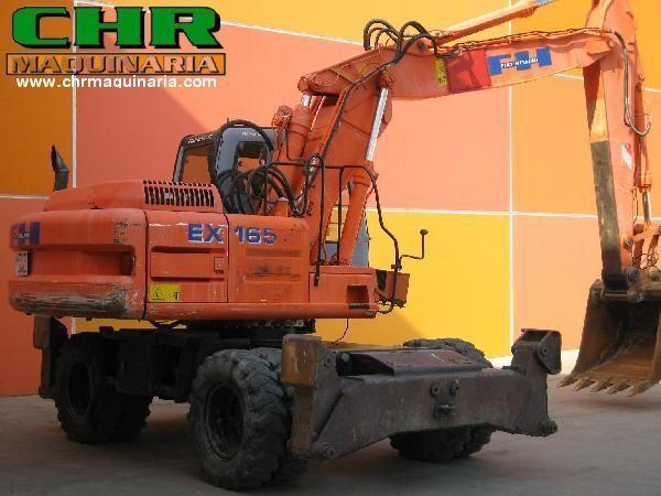 колесный экскаватор FIAT-HITACHI EX165W.3