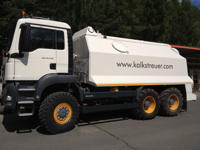 ресайклер MAN spreader for laim or cement TGS 33.440 - 6x6