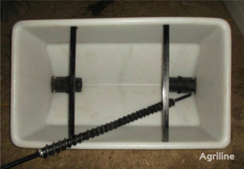 новый аппарат высевающий  Ящик туковый для сеялки KINZE
