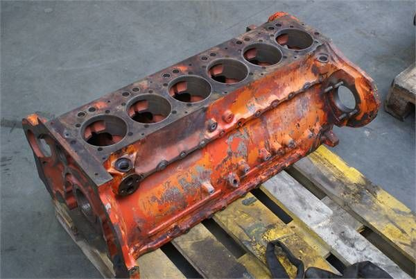 блок цилиндров для трактора DEUTZ-FAHR BF6 L913BLOCK