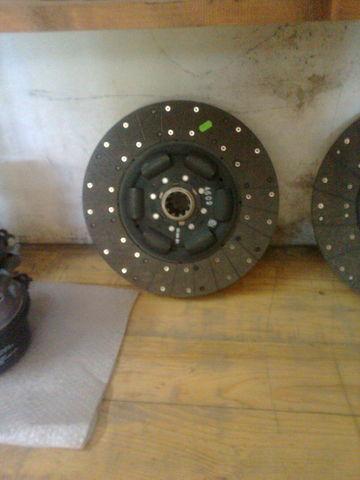новый диск сцепления  KAWE Holland 1878038041  4612S  81303010434   81303010466 для тягача MAN tgA