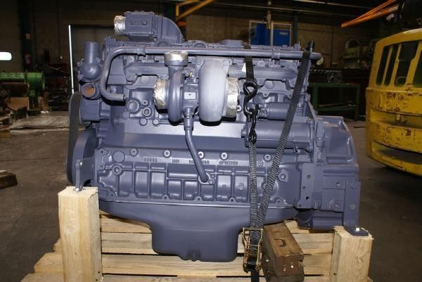двигатель DEUTZ BF6M2012 для автобуса DEUTZ BF6M2012