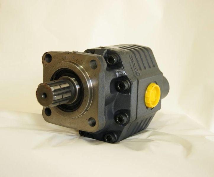 новый гидравлический насос  ISO 82 л на 4 болта/новая/установка/гидравлические системы для тягача