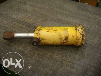 гидроцилиндр KRAMER для экскаватора-погрузчика KRAMER  416 516