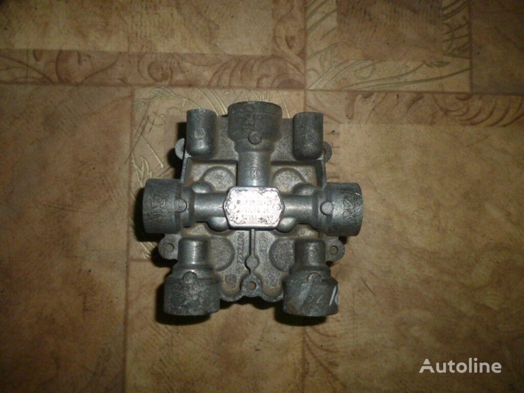 клапан  защитный четырехконтурный,тормозной MAN TGA для грузовика