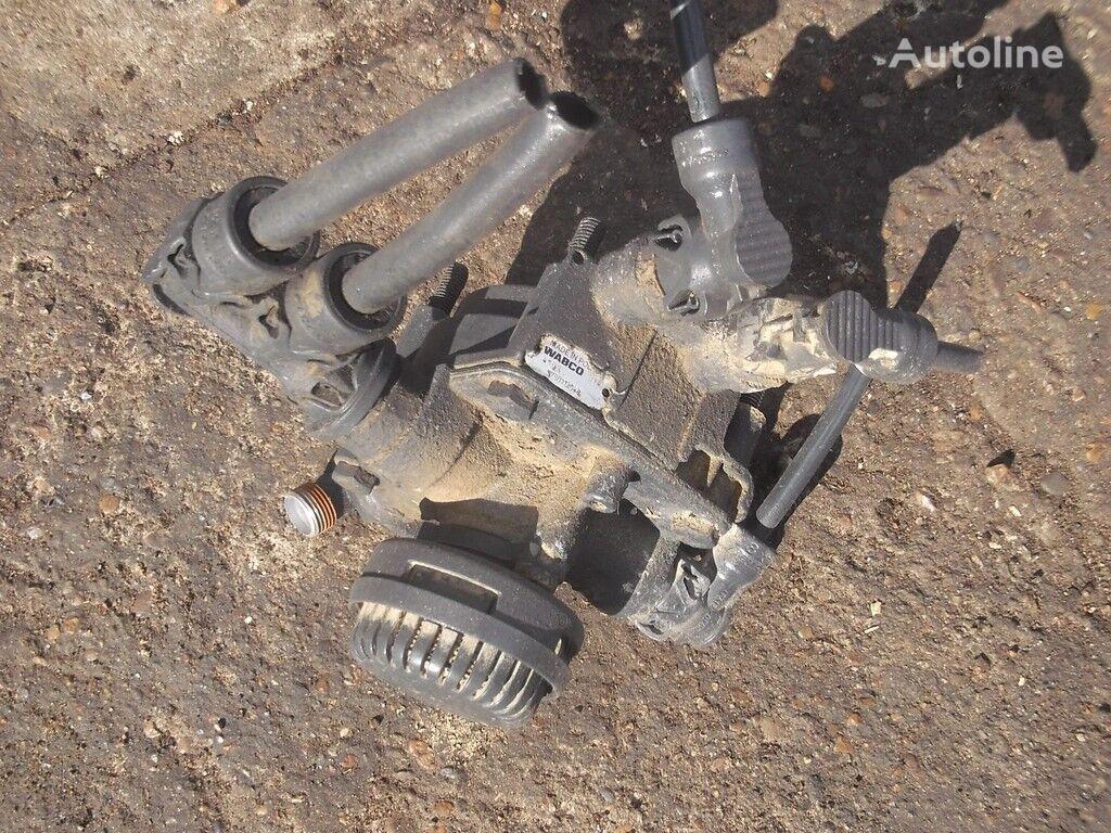 клапан IVECO ускорительный,тормозной для грузовика IVECO
