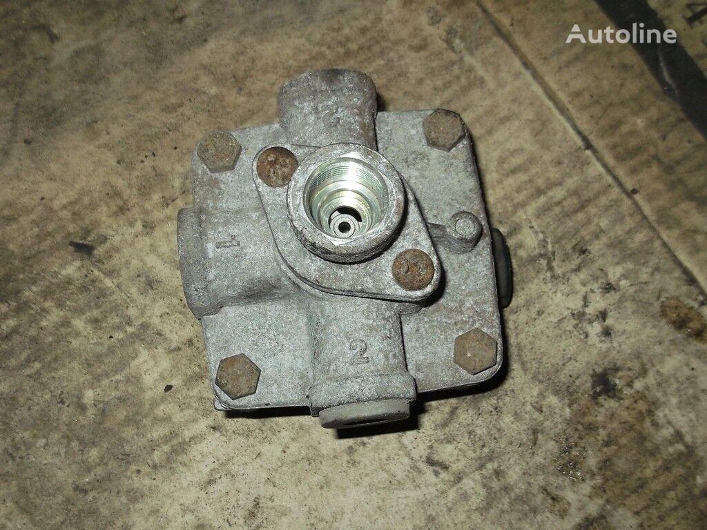 клапан  реле,тормозной для грузовика RENAULT