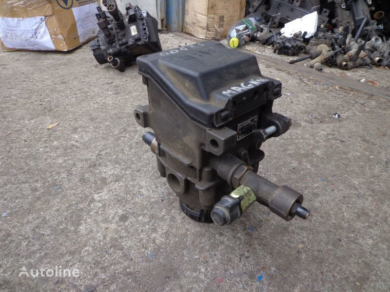 клапан  Bosch для тягача RENAULT Magnum
