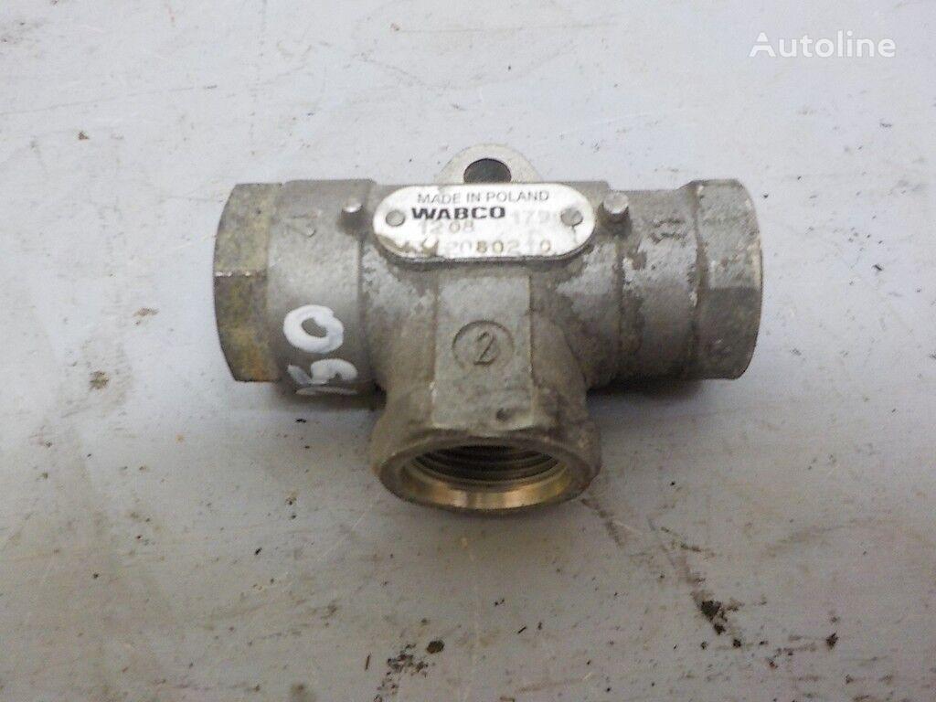 клапан RENAULT пневматический,тормозной для грузовика RENAULT