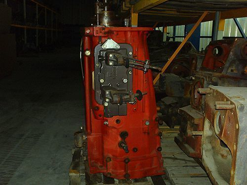 КПП MASSEY FERGUSON dynashif-speed shif для трактора MASSEY FERGUSON 3680-6180-8130-8160