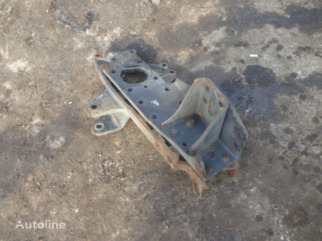 крепежные элементы  Кронштейн крепления передней рессоры Mercedes Лев. для грузовика