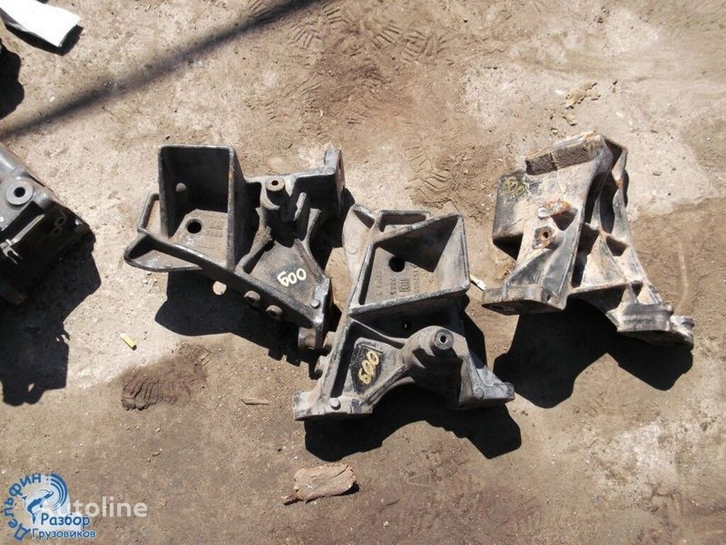 крепежные элементы  бампера чугунный Scania для грузовика