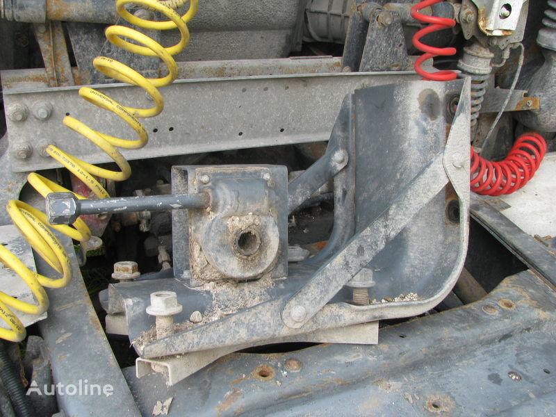 крепежные элементы DAF Кронштейн запаски для тягача DAF
