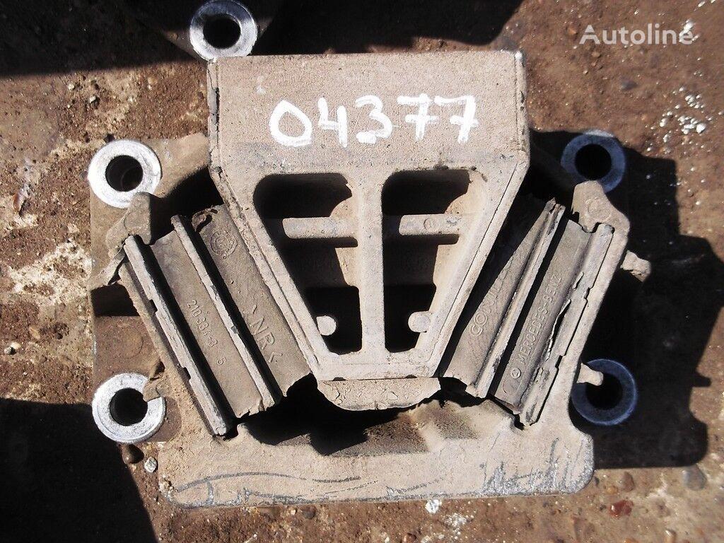 крепежные элементы  Опора двигателя для грузовика MERCEDES-BENZ