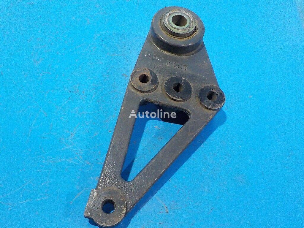 крепежные элементы  Renault Задний кронштейн передней рессоры для грузовика RENAULT