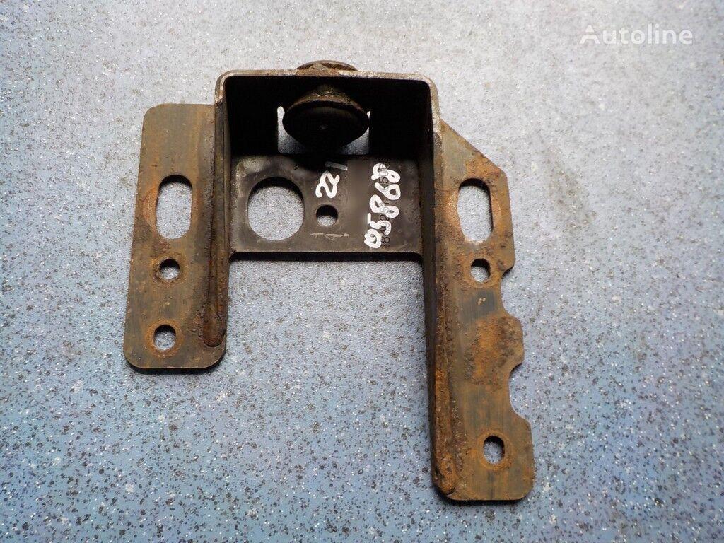 крепежные элементы  Кронштейн радиатора для грузовика SCANIA