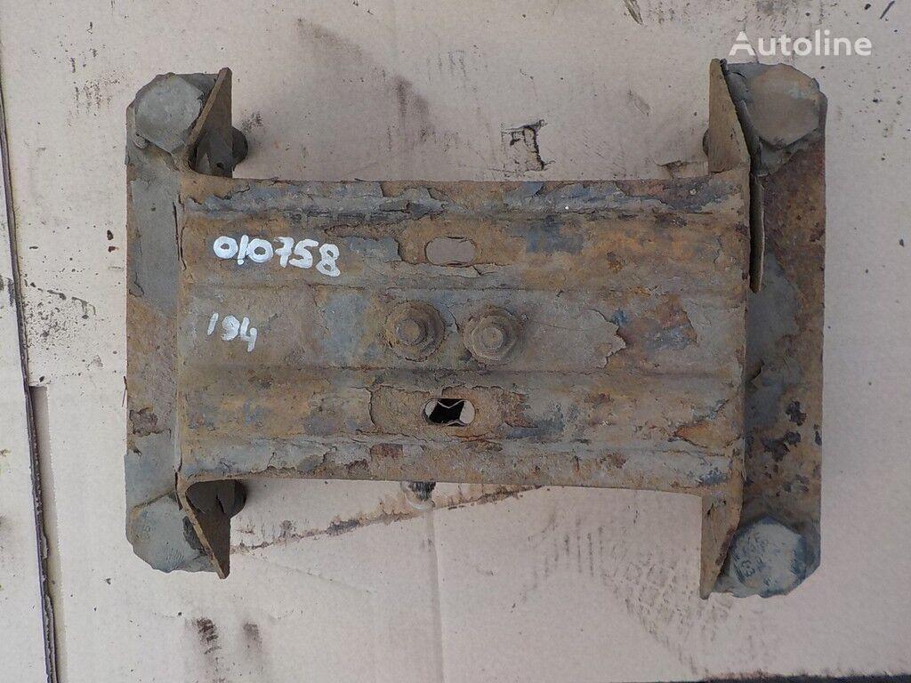 крепежные элементы  Опора кронштейна запасного колеса для грузовика VOLVO