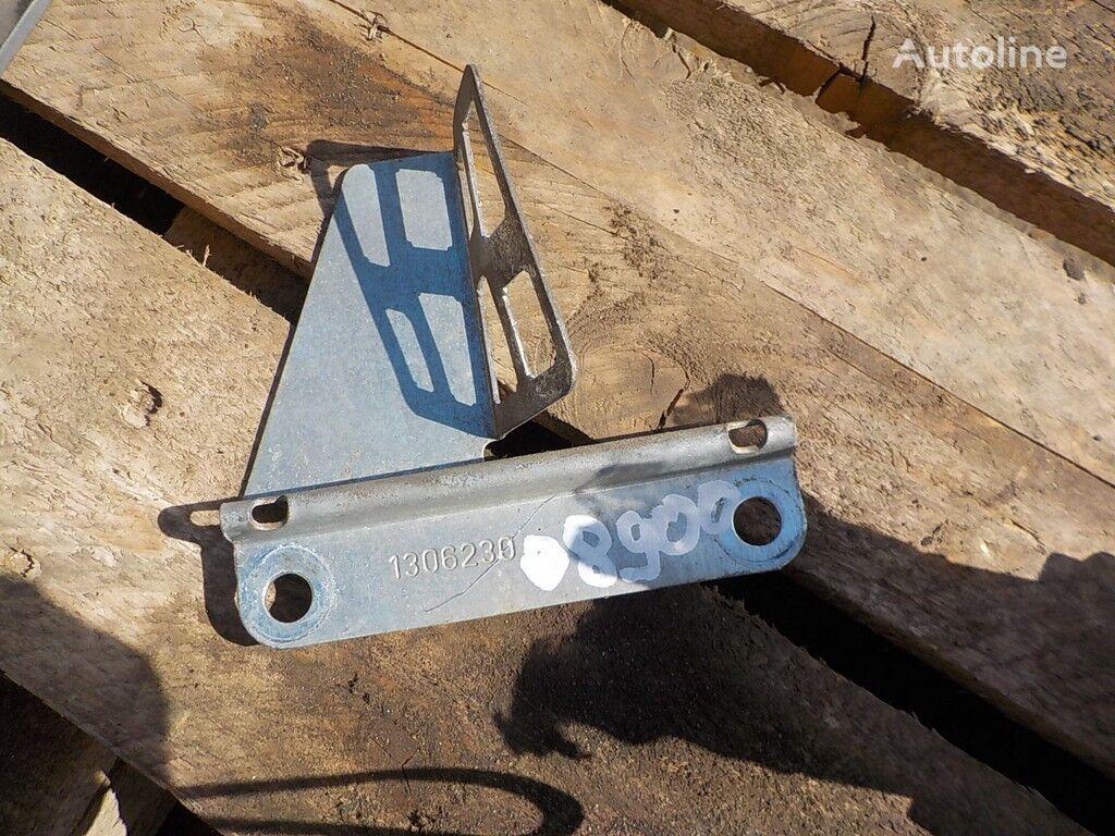 крепежные элементы Кронштейн крепления штекеров проводки двери Scania для грузовика