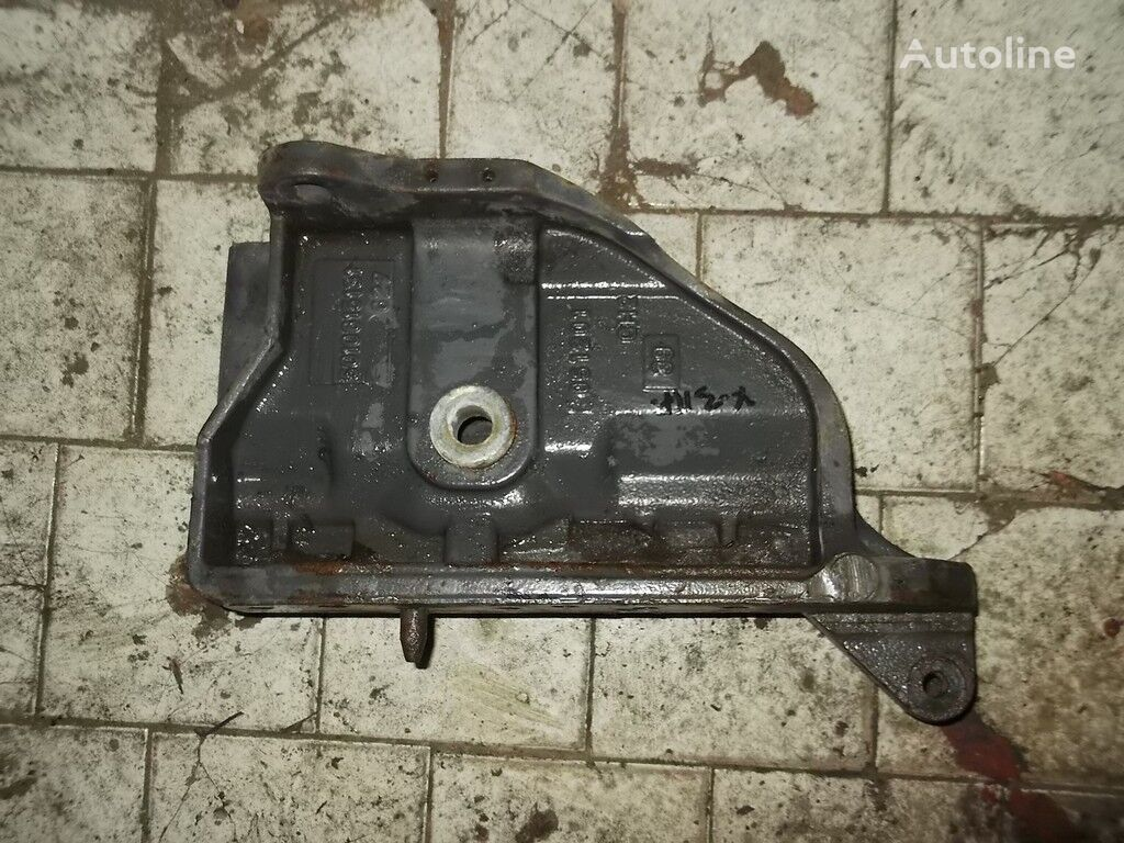 крепежные элементы Кронштейн рессоры RH Renault для грузовика