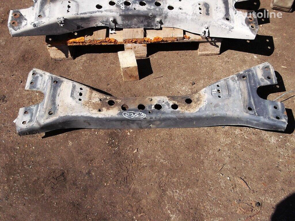 крепление  Траверса двигателя для грузовика