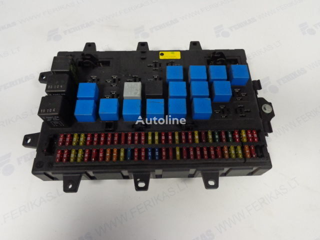 предохранительная коробка  Fuse relay protection box  5010428876,5010231782,5010561943 для тягача RENAULT MAGNUM