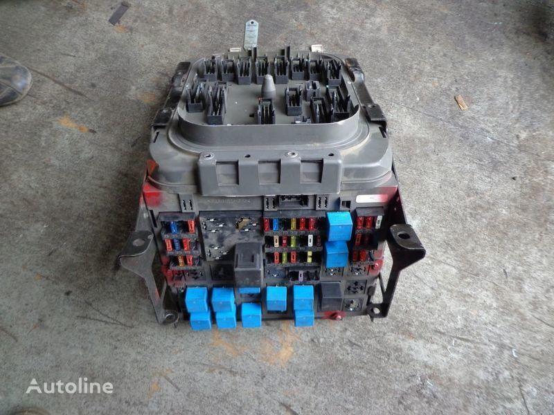 предохранительная коробка для тягача RENAULT Premium