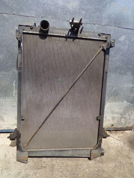 радиатор охлаждения двигателя DAF для грузовика DAF CF