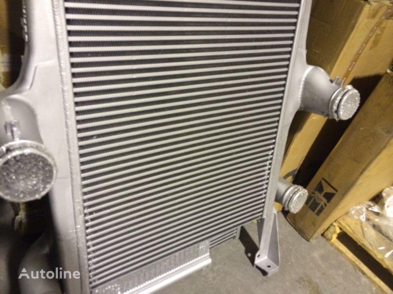 новый радиатор охлаждения двигателя  IVECO INTERCOOLER для тягача IVECO EUROSTAR CURSOR 190 E39
