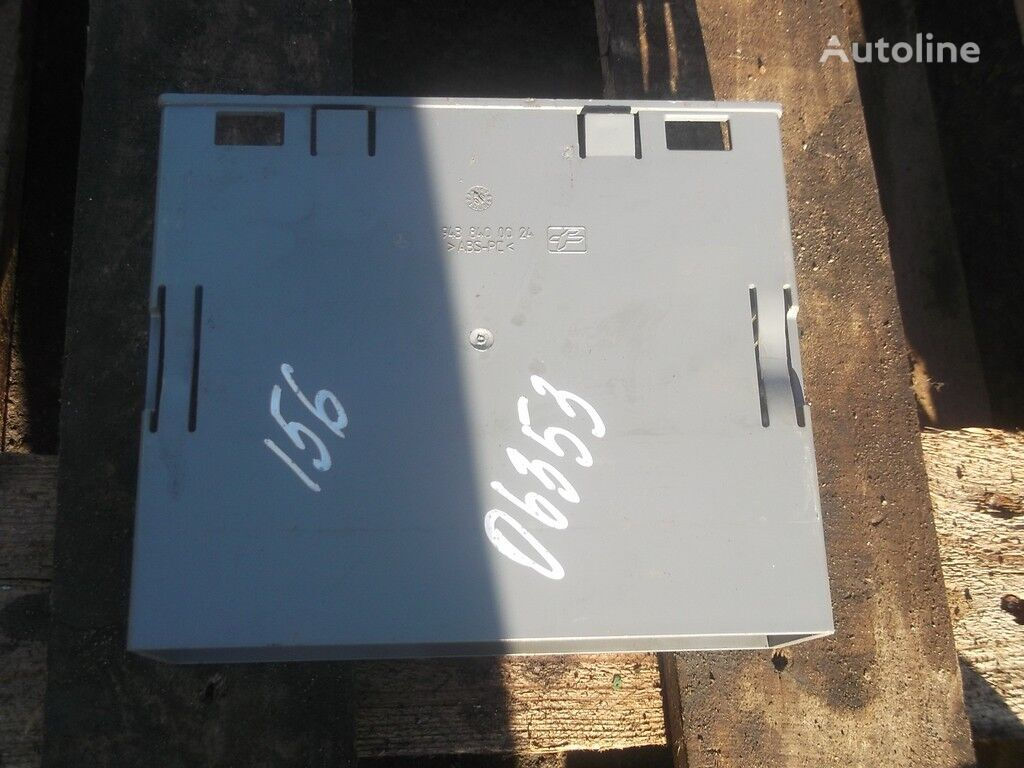 запчасти Короб приборов передней панели для грузовика MERCEDES-BENZ