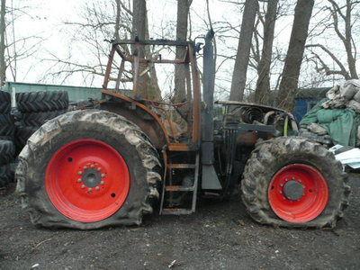 запчасти  б/у запчасти / used spare parts для трактора CLAAS ARES 836